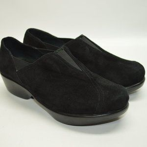 Dansko Black Suede Clogs Comfort Walking Shoes 8